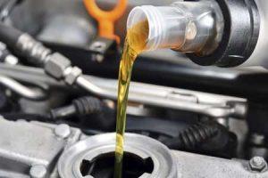 دپوی ۲۵ هزار لیتر روغن موتور قاچاق در اشتهارد