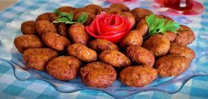 کوفته بلغور افطاری کشور ترکیه در ماه مبارک رمضان