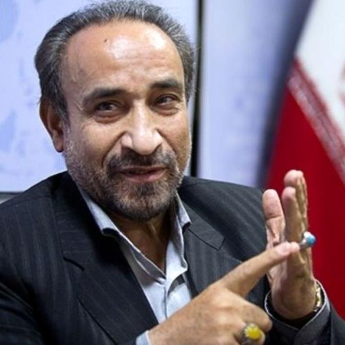 خباز: عارف میآید و شایستگی ریاستجمهوری دارد