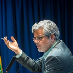 واکنش تند محمود صادقی به اظهارات روحانی