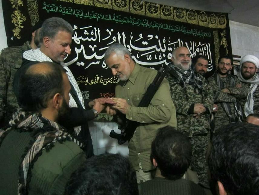 عکس/ هدیه حاج قاسم به سردار فاتح نبل و الزهرا از محاصره داعش
