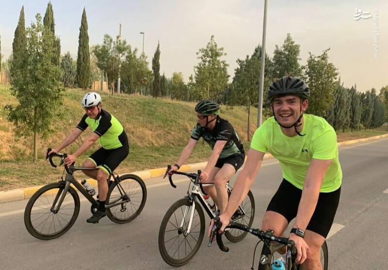 دوچرخه سواری رئیس اقلیم کردستان و سفیر انگلیس
