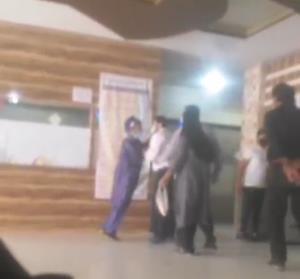 توضیحی درباره درگیری در بیمارستان دزفول و برخورد فیزیکی حراست