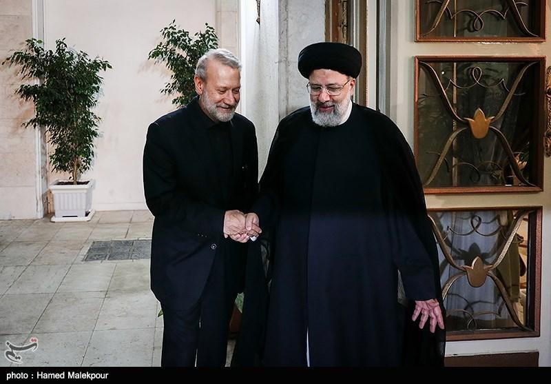 فعال اصولگرا: رئیسی برای انتخابات بیاید، لاریجانی نمیآید