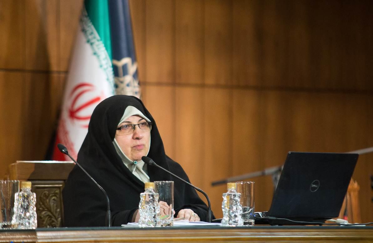 بانوی اصلاحطلب: به تأیید صلاحیت بانوان توسط شورای نگهبان خوشبین نیستیم