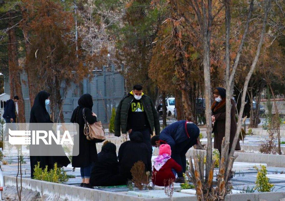 کرونا در آرامستان کرمانشاه آرام نمیگیرد