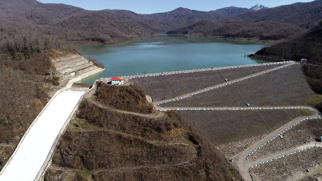 ذخیره آب سدهای کرمانشاه ۱۰ درصد کاهش یافت