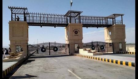 ممنوعیت تردد مسافر در مرز ایران و پاکستان