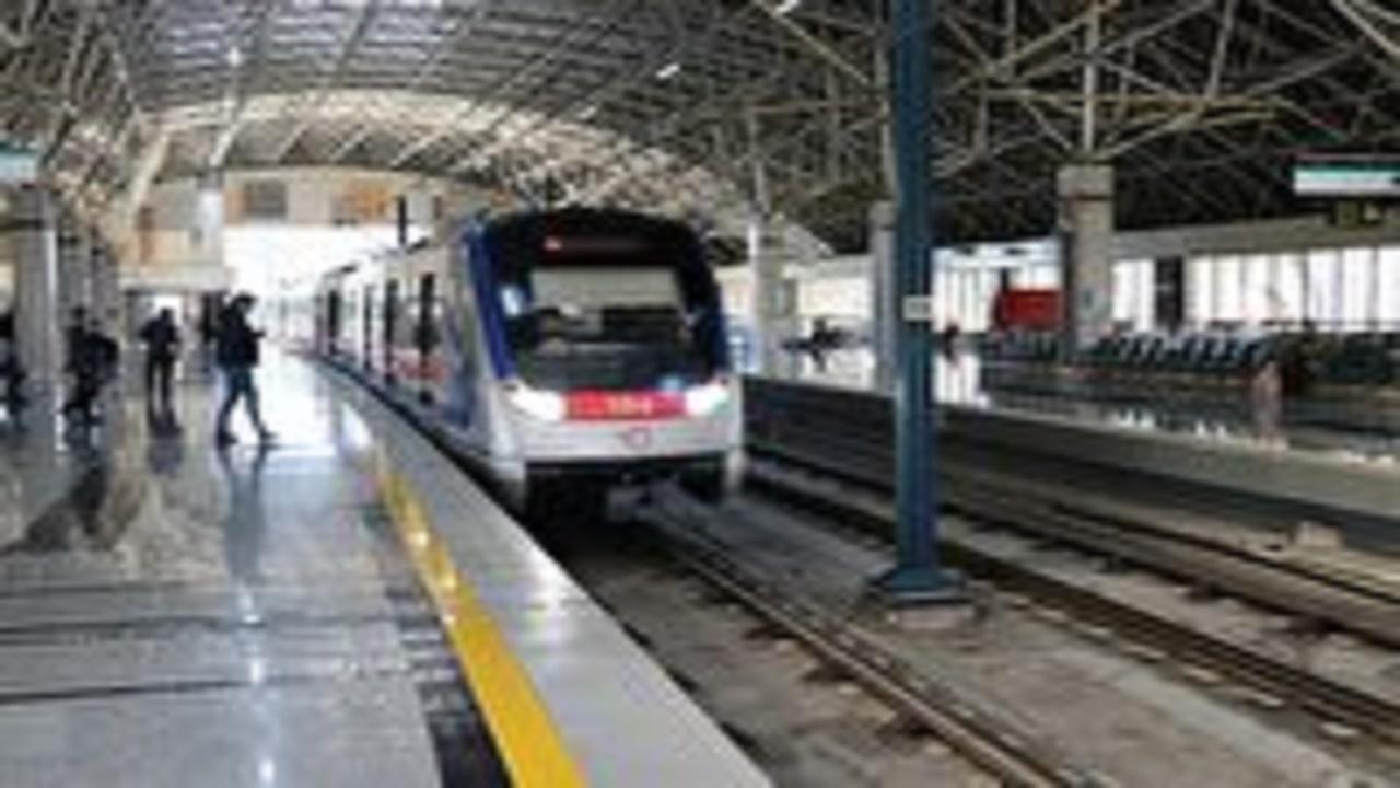 متروی تبریز یکشنبه و پنجشنبه این هفته با تاخیر حرکت میکند