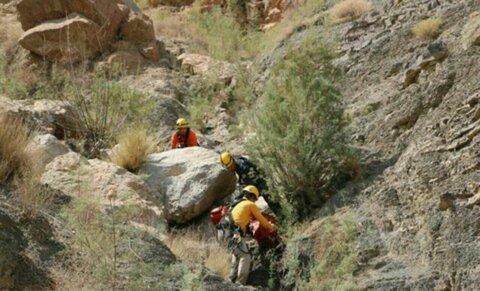 مرگ مرد ۴۰ ساله بر اثر سقوط از ارتفاعات منطقه پل هرو