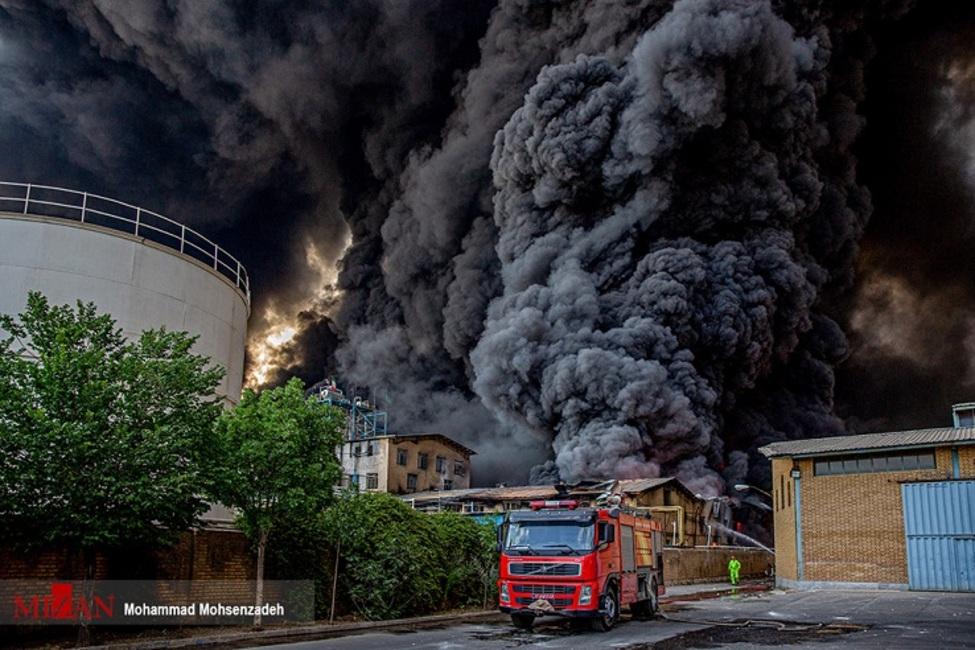 تشکیل پرونده قضایی در خصوص حادثه آتشسوزی کارخانه صنایع شیمی مولدان