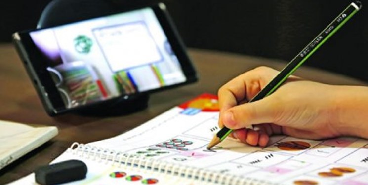 معلم البرزی موفق به کسب رتبه برتر کشوری در حوزه تولید محتوا شد