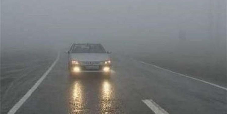احتمال سیلاب و ریزش سنگ در محورهای مازندران