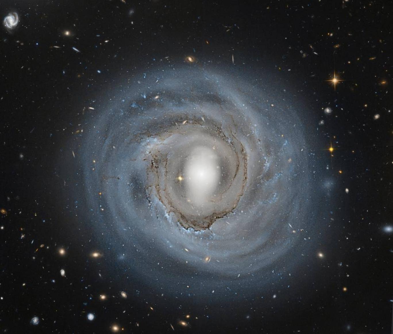 سرعت انبساط کیهان چقدر است؟