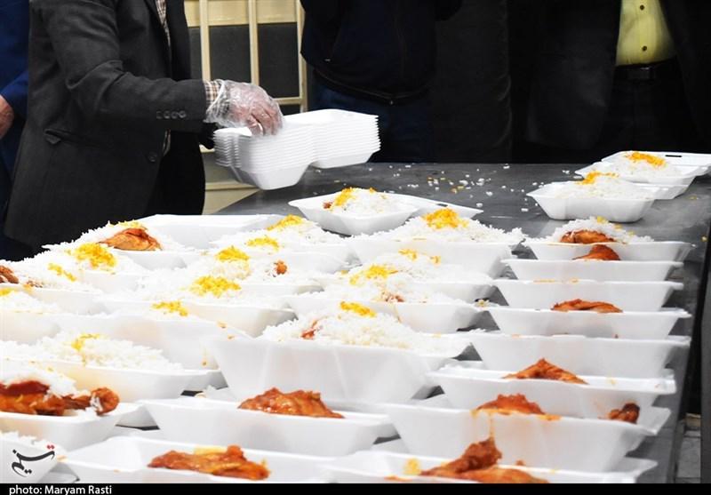 ۴۹ هزار وعده غذای گرم در قالب افطاری بین نیازمندان چهارمحالوبختیاری توزیع شد