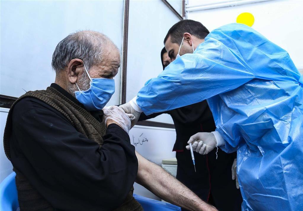 حدود یک هزار نفر در سرپلذهاب علیه کرونا واکسینه شدند