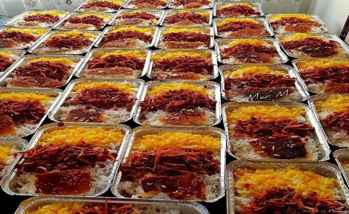 توزیع ۹۰۰ پرس غذای گرم بین مددجویان بهزیستی کوهبنان