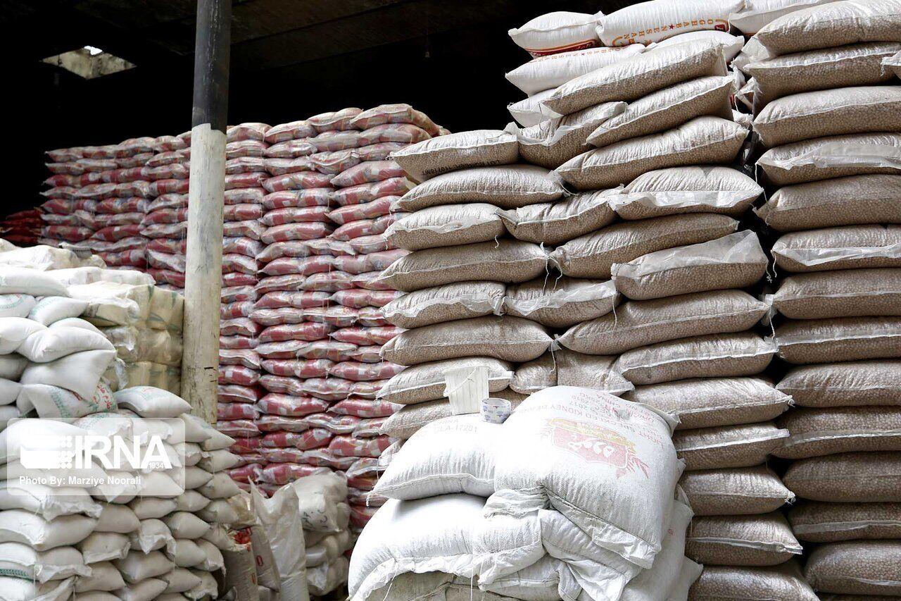 ۱۶ تن شکر و روغن احتکار شده در کرمانشاه کشف شد