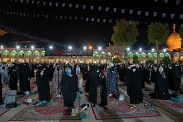 عکس/ احیا شب نوزدهم ماه مبارک رمضان در حرم مطهر شاهچراغ(ع)