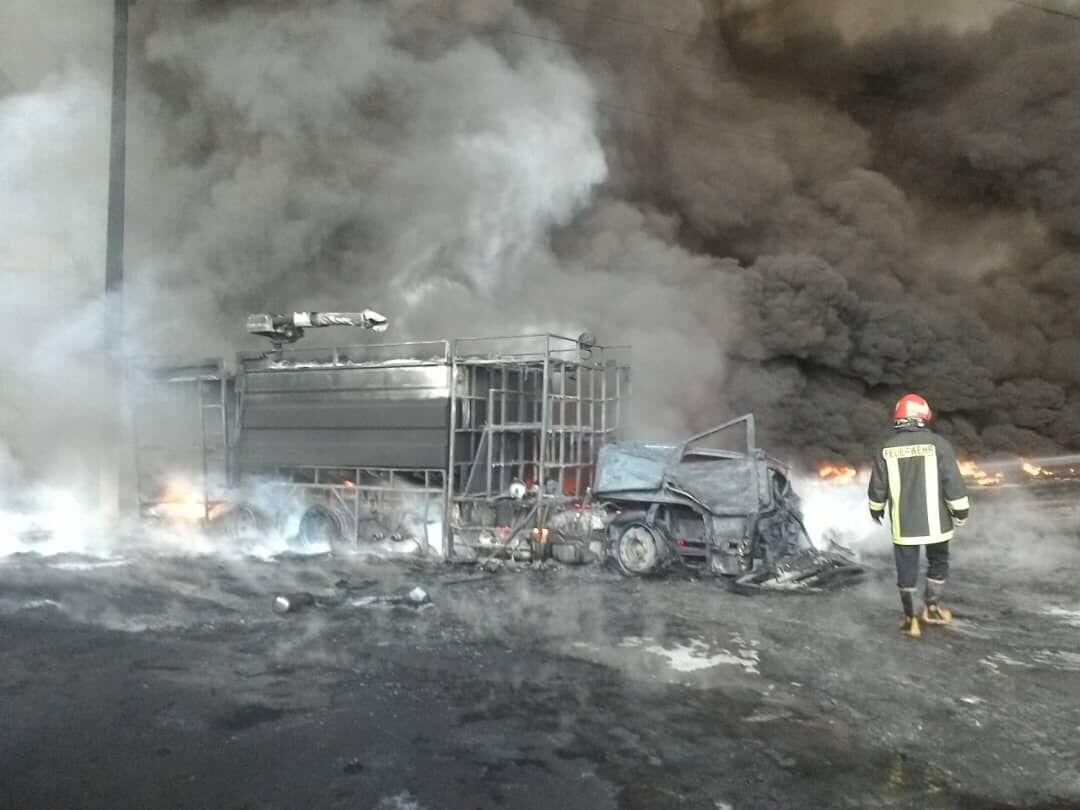 آتشسوزی در شهرک صنعتی شکوهیه قم به طور کامل اطفا شد