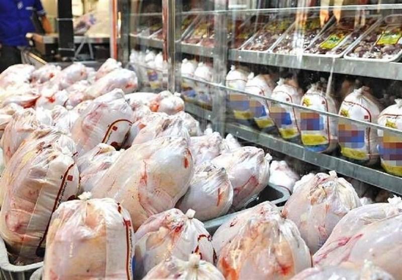 ۲۵ تن مرغ خارج از شبکه در مازندران کشف شد