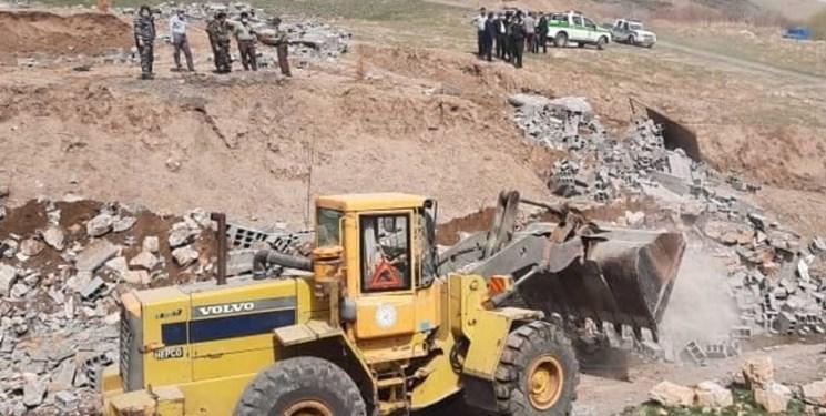 رفع تصرف ۴۰۷ هزار مترمربع از اراضی ملی و دولتی در مشهد