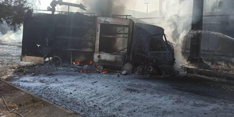 اطفای حریق گسترده شهرک شکوهیه با تلاش ۱۵۰ آتشنشان