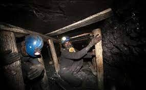 عدم دسترسی به معدنچیان طزره در سومین روز؛ هیچ ارتباطی با معدنچیان برقرار نشده است