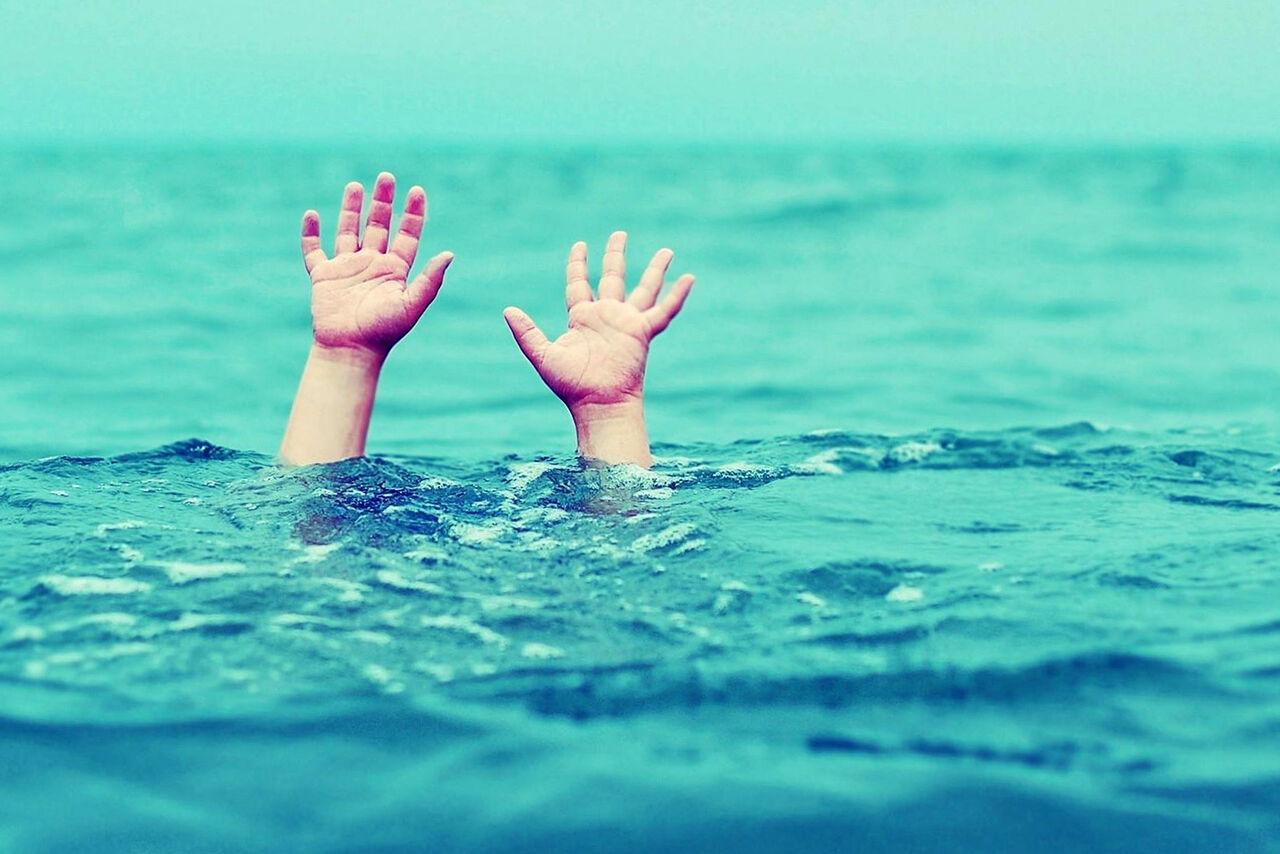 غرق شدن پسربچه ۵ ساله در استخر