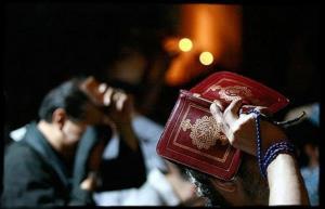 سخنگوی وزارت بهداشت: مراسم شب های قدر را در منزل برگزار کنید