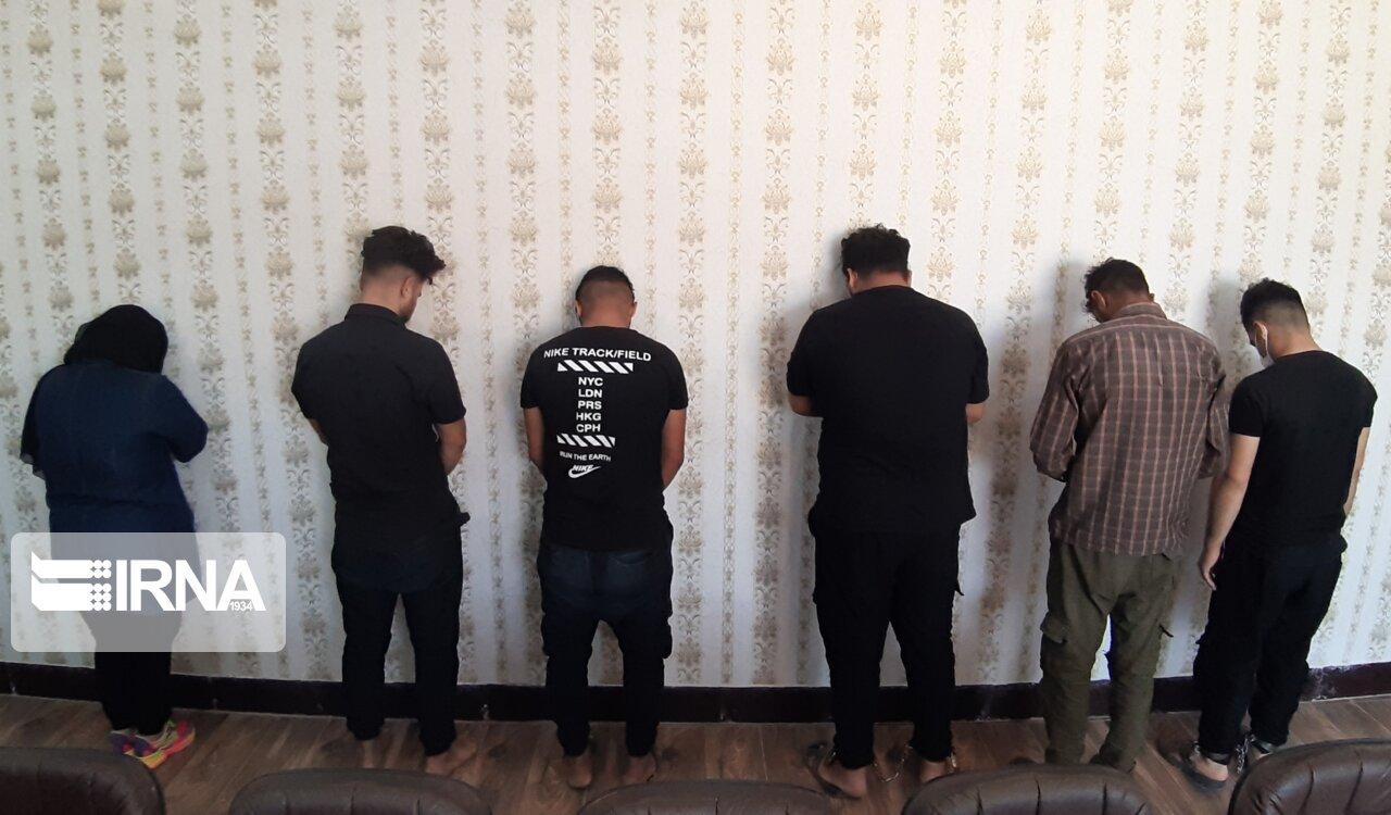 دستگیری اعضای باند اخاذی از نیکوکار دزفولی