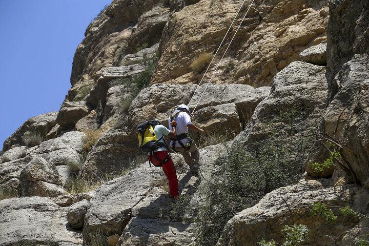 پیدا شدن ۲ جوان گمشده در ارتفاعات صنوبر تربت حیدریه