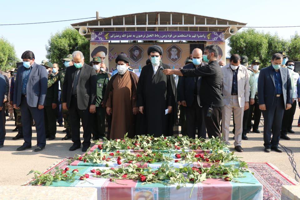 پیکرهای مطهر ۳ شهید دفاع مقدس در دزفول تشییع شد