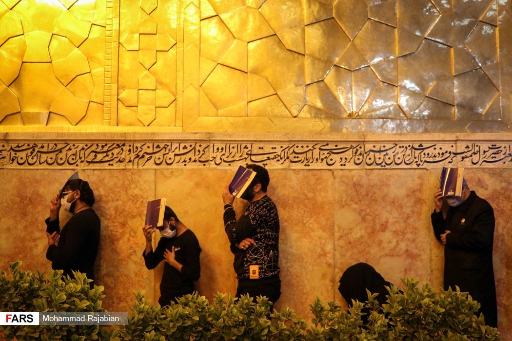 مراسم احیای شب بیست و یکم ماه رمضان در حرم مطهر رضوی