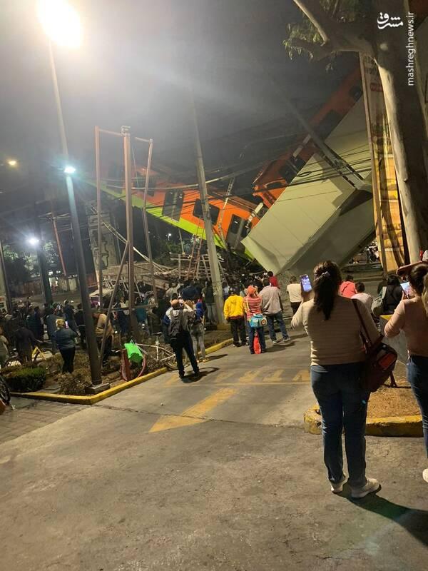 ریزش مرگبار پل هنگام عبور قطار در مکزیکوسیتی