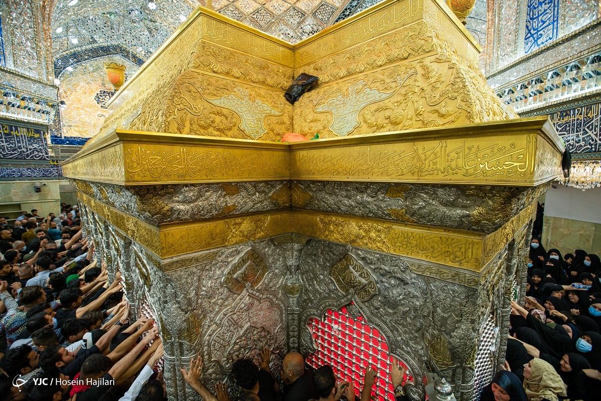 تصاویری خاص از ضریح شش گوشه اباعبدالله (ع) در شب قدر