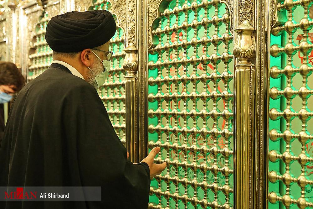 عکس/ شب قدر آیت الله رئیسی در امامزاده صالح (ع)