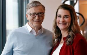 بیل گیتس و همسرش از یکدیگر جدا میشوند