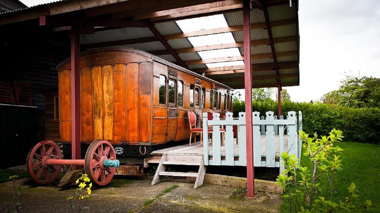 تبدیل واگن قطار قرن نوزدهم به هتلی زیبا