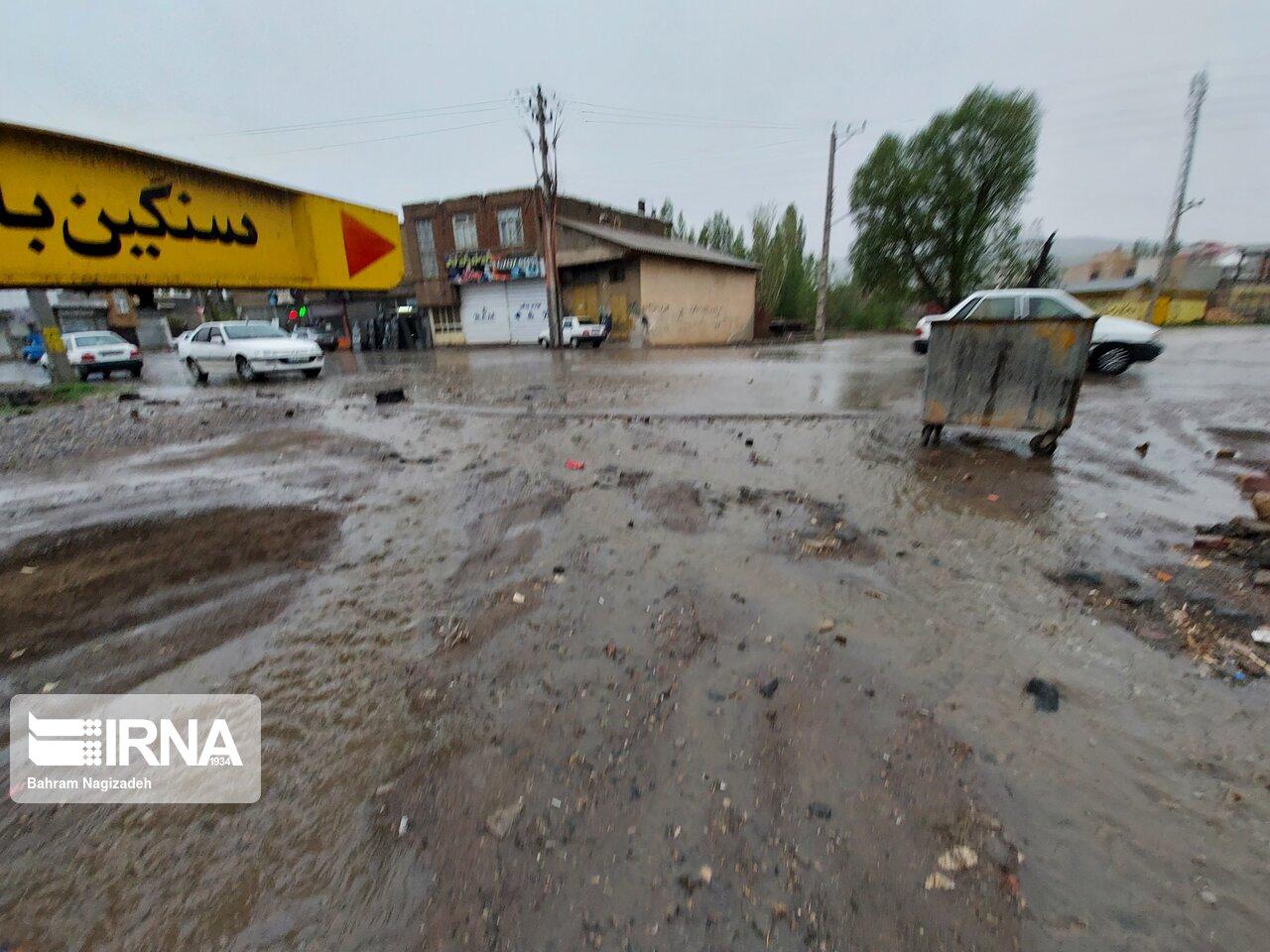 بارندگی به مناطق شمال و شرق استان اصفهان خسارت زد