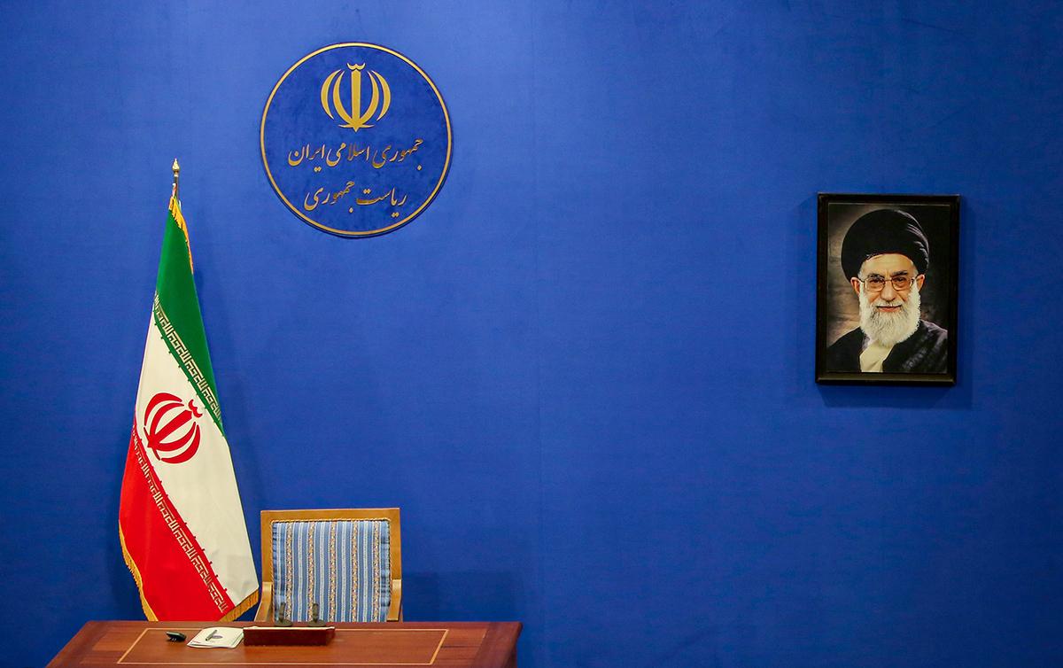 صف دولتمردان احمدینژاد در راه پاستور