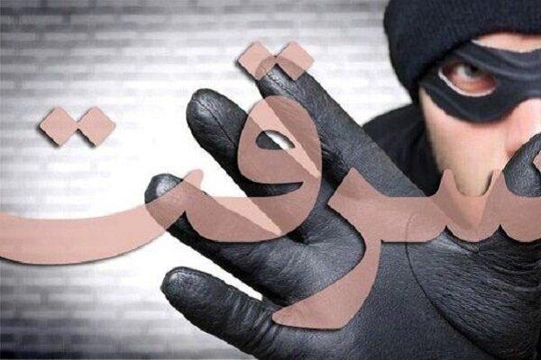 کشف ماشین سرقتی هدیه نیروی انتظامی به معلم مهابادی