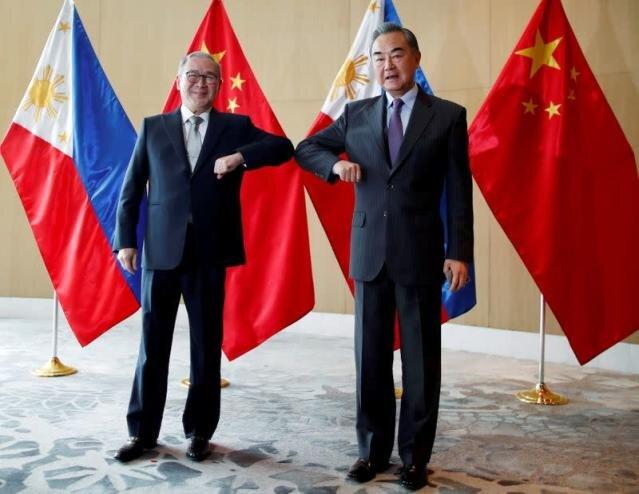 درخواست چین از فیلیپین: ادب را رعایت کن!