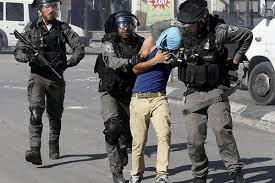 بازداشت وحشیانه جوان فلسطینی در منطقه الشیخ جراح