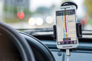 دلایل شارژ نکردن موبایل در خودرو