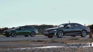 درگ برادرانه میان آئودی RS6 و S8، سدان لوکس در برابر سوپر استیشن