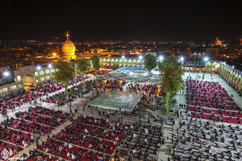 حرم مطهر شاهچراغ(ع) میزبان شبزندهداران در سومین شب قدر