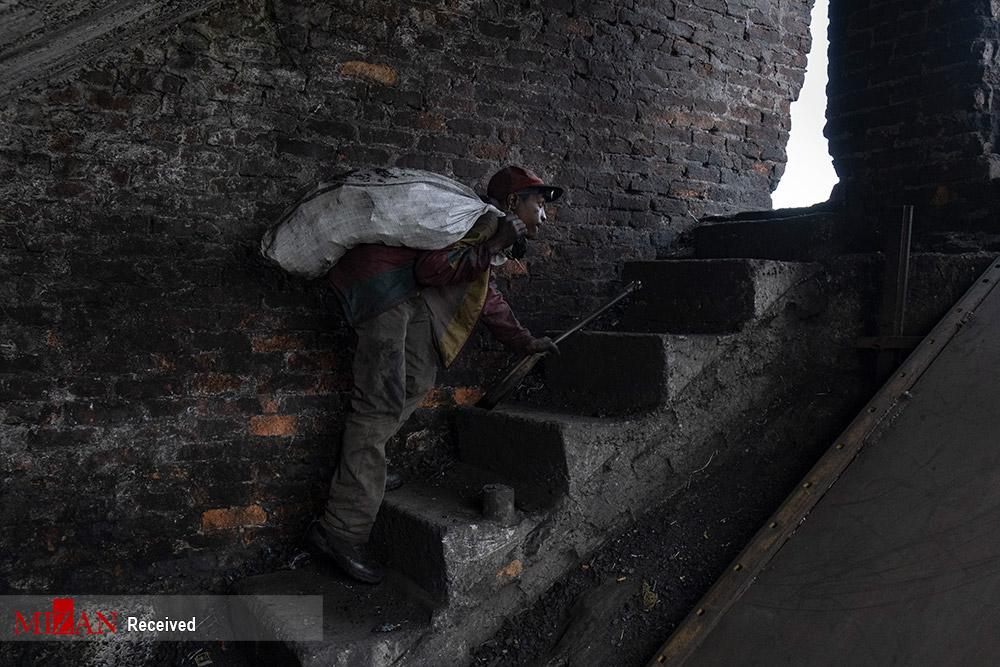 معیشت سخت معدن کاران غیررسمی زغال سنگ در آفریقای جنوبی