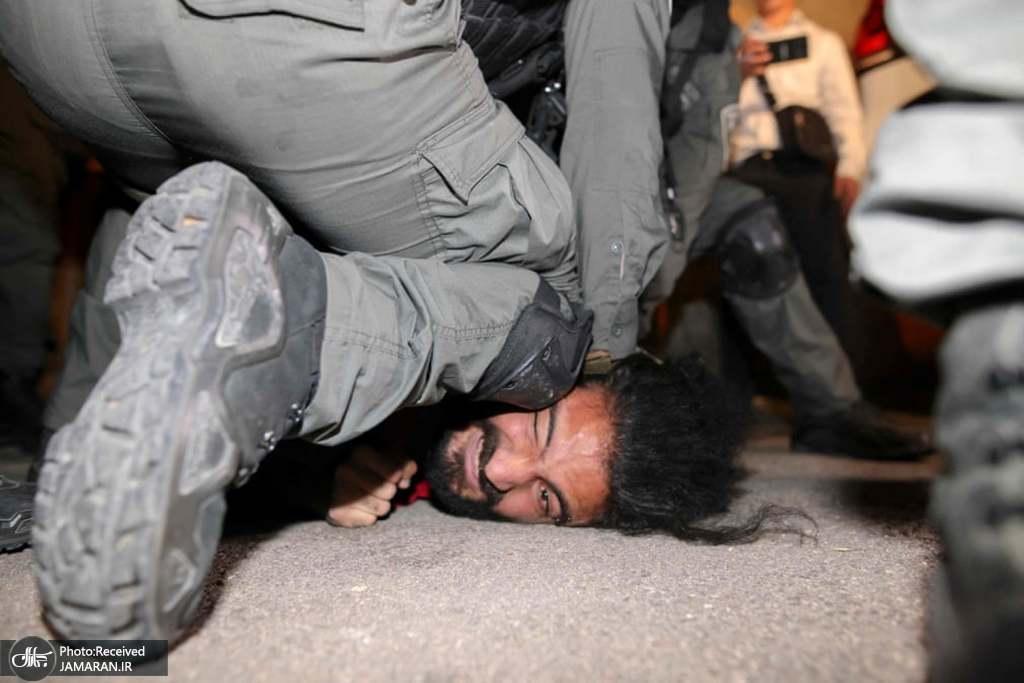 حمله وحشیانه نیروی امنیتی رژیم صهیونیستی به جوان فلسطینی