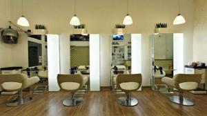 آرایشگاههای زنانه در تفرش با شرط تعهد بازگشایی میشوند